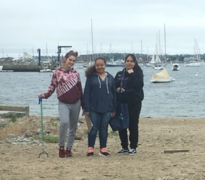 3 Amigas beach clean up
